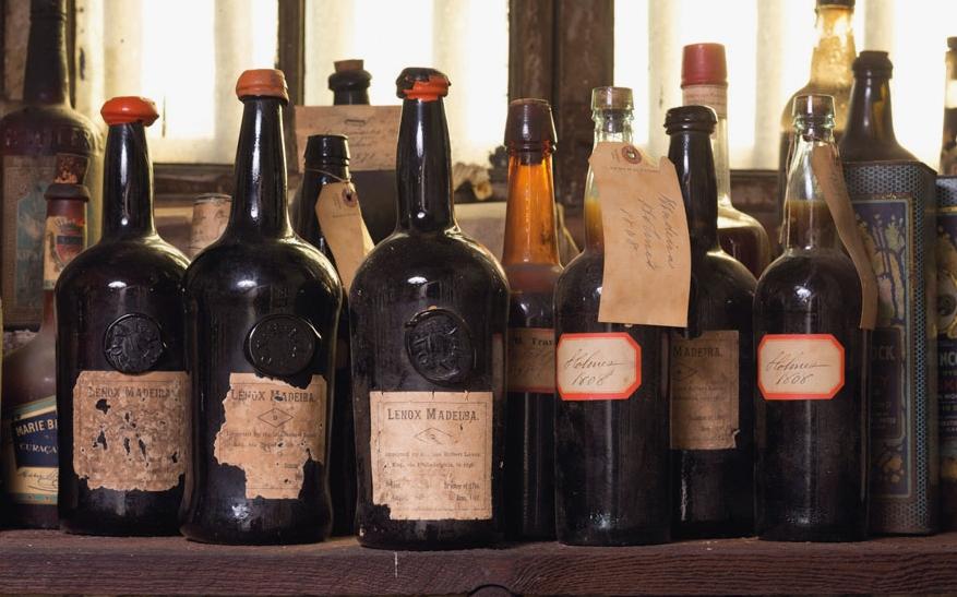 Rolhas de cortiça preservam a história da maior e mais valiosa colecção de vinho Madeira dos EUA