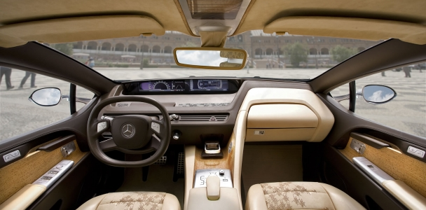 Mercedes forrado com cortiça