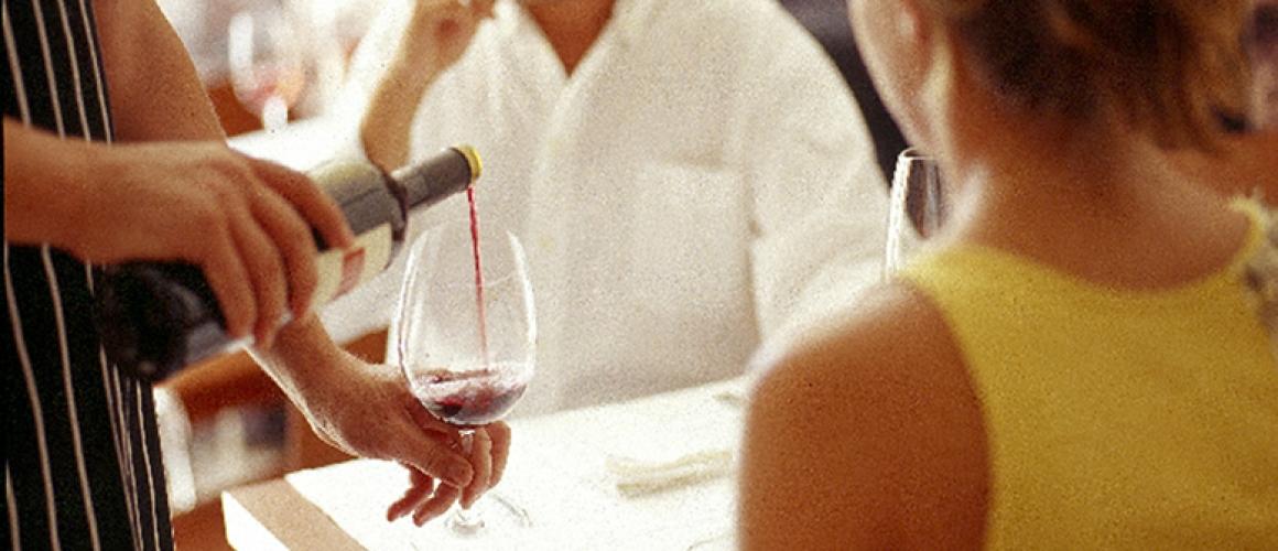 Cork & Wine 32