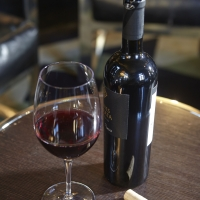 Top of the Top: Market Share of Cork Closures Increases for US Premium Wine Brands